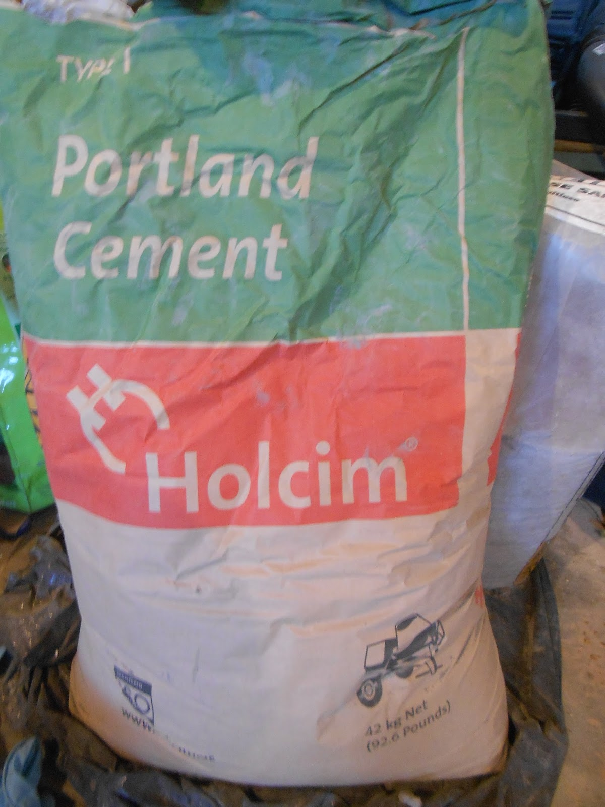 Portland Cement Burns : Sproutsandstuff create cement lace using doilies and