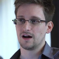 Edward-Snowden2-300x300.jpg