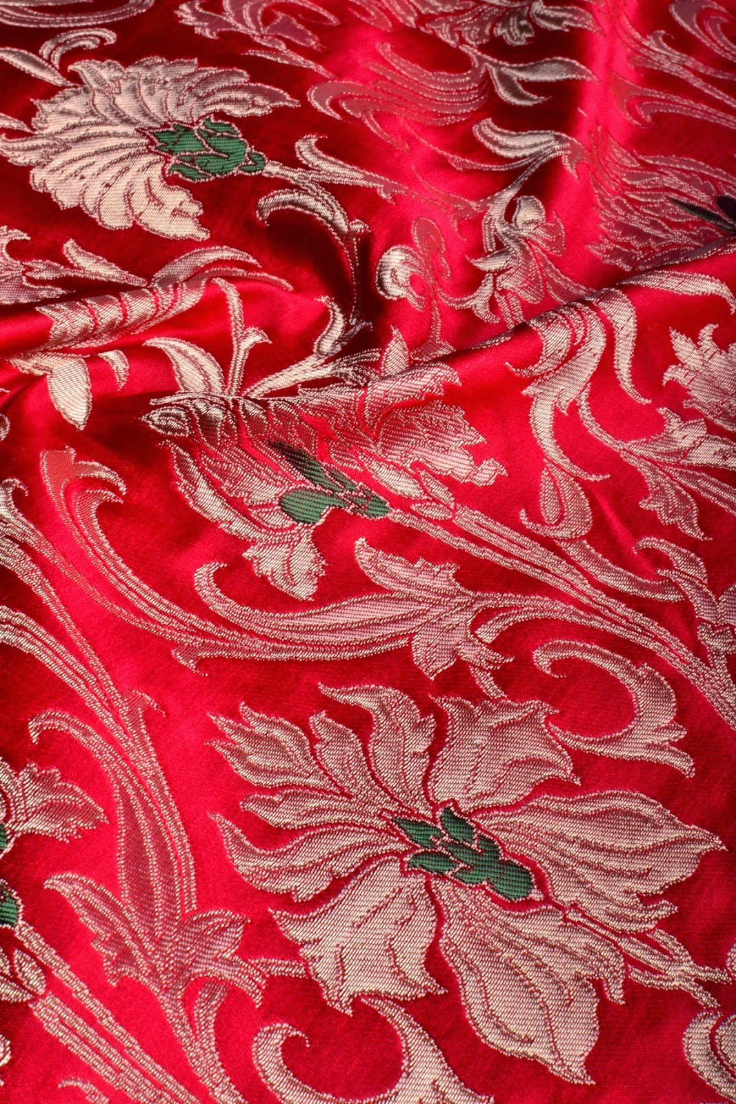Banarasi fabrics best banarasi fabrics online buy for Fabric purchase