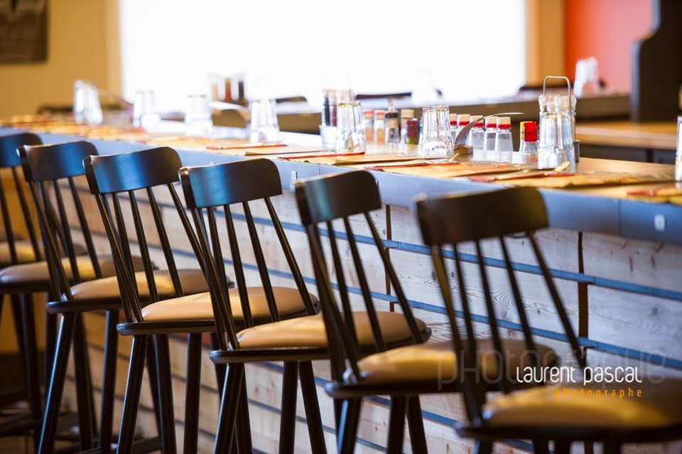 News photos r alis es chez buffalo grill lescar pour le for Magasin de mobilier de bureau