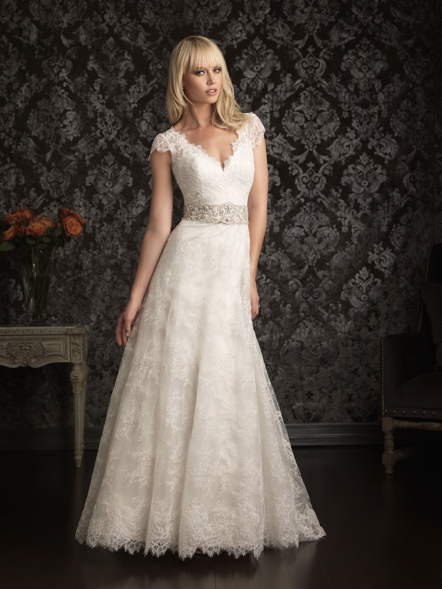 Romantic Lace Wedding Dress, Vintage Lace Wedding Dress, Lace Wedding Dresses 2015, Lace Wedding Dresses with Sleeves, Bridal Dresses Lace, Sweetheart Lace Wedding Dress, Vintage Wedding Dresses, Short Lace Wedding Dress