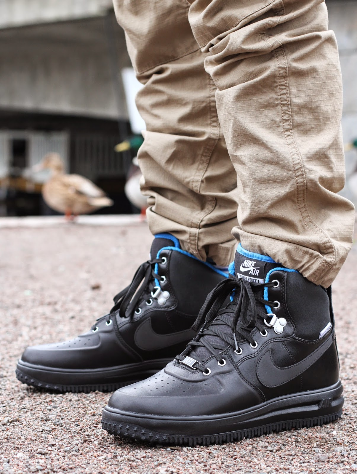 http://www.footish.se/sneakers/nike-lunar-force-1-sneakerboot-
