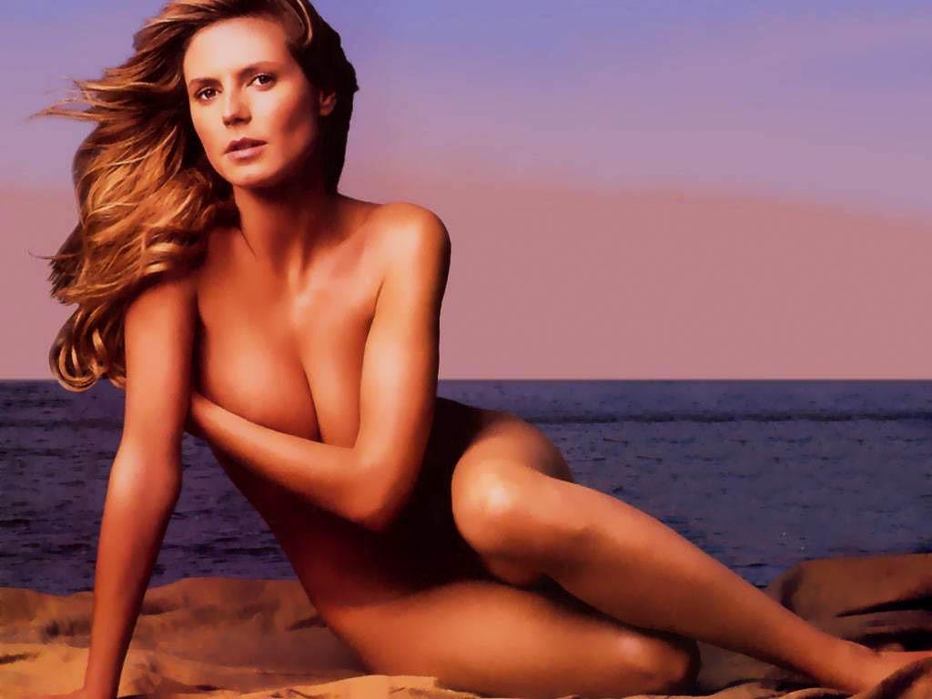 Alyssa Milano Pictures Nude