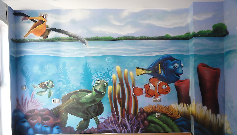 http://3.bp.blogspot.com/-aWF7teM5Agg/T2gu0zAfa1I/AAAAAAAACZA/p2hmnb81ZMw/s1600/nemo-mural.jpg