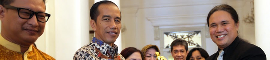 Jokowi Menerima Penghargaan Man of Inspiration 2014