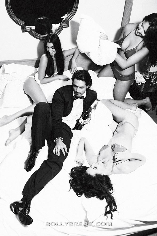 , Arjun Rampal On Bed With Bikini Models - Hot Ad