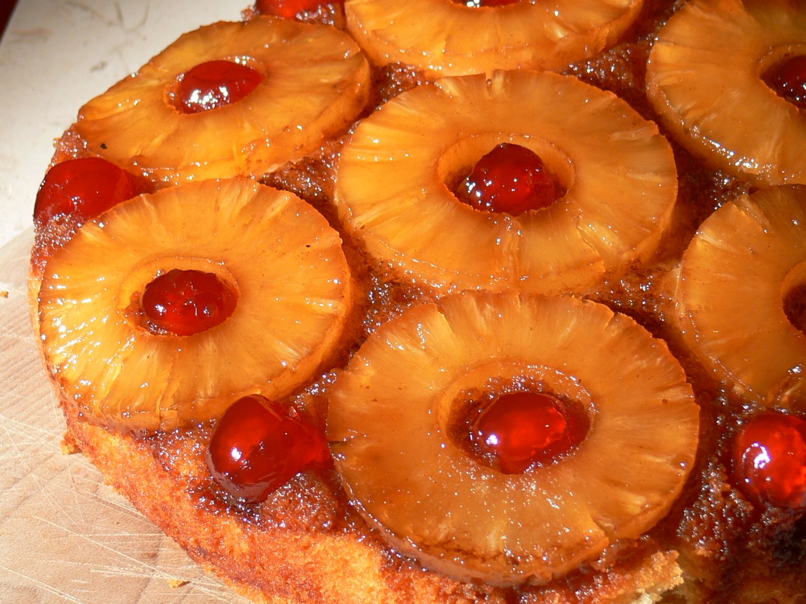 Vixen Von Vintage: Retro Recipe- Pineapple Upside Down Cake