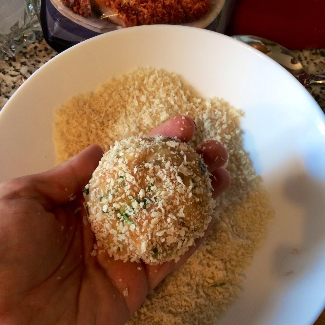 Рыбные котлетки из кеты с кукурузой и имбирем в хрустящей панировке Panko