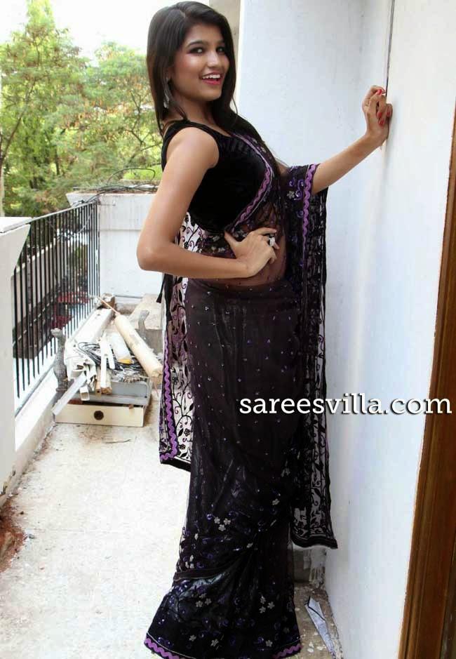 Isha Agarwal in Black Sari