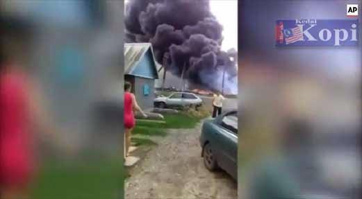 Tonton video amatur MH17 yang baru tersebar