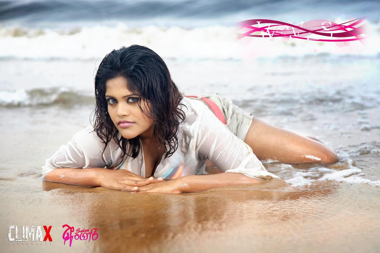 Shalini Nanayakkara wet boobs
