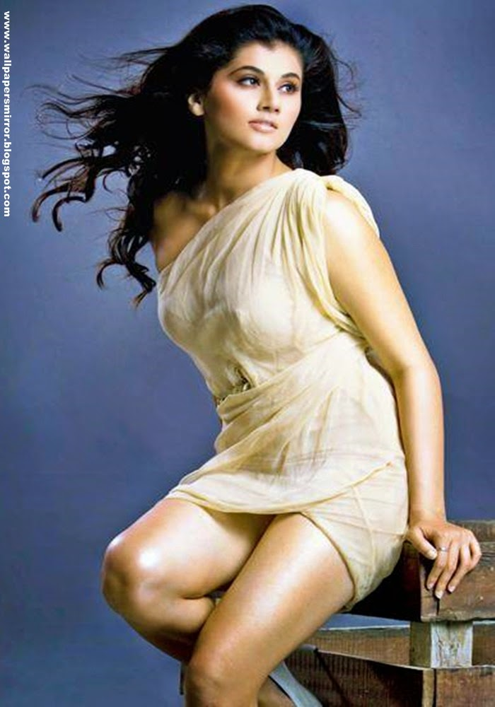 10 unseen Taapsee Sexy hd wallpapers