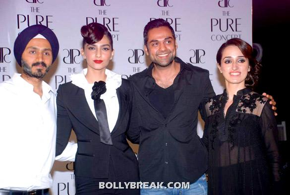 Sonam Kapoor, Abhay Deol -  Fashion Diva Sonam Kapoor at Pure Concept Launch