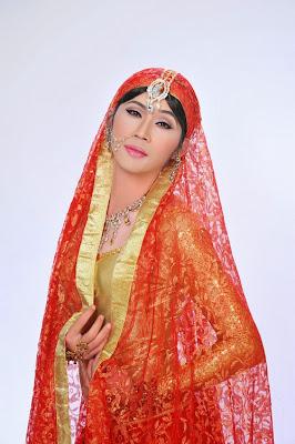 Công chúa Ấn Độ Hoài Linh hết chê