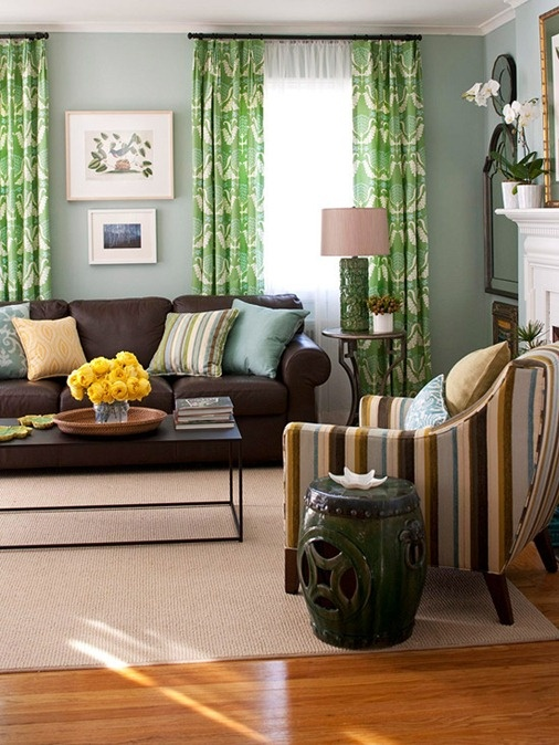 Decorating with Brown Sofa