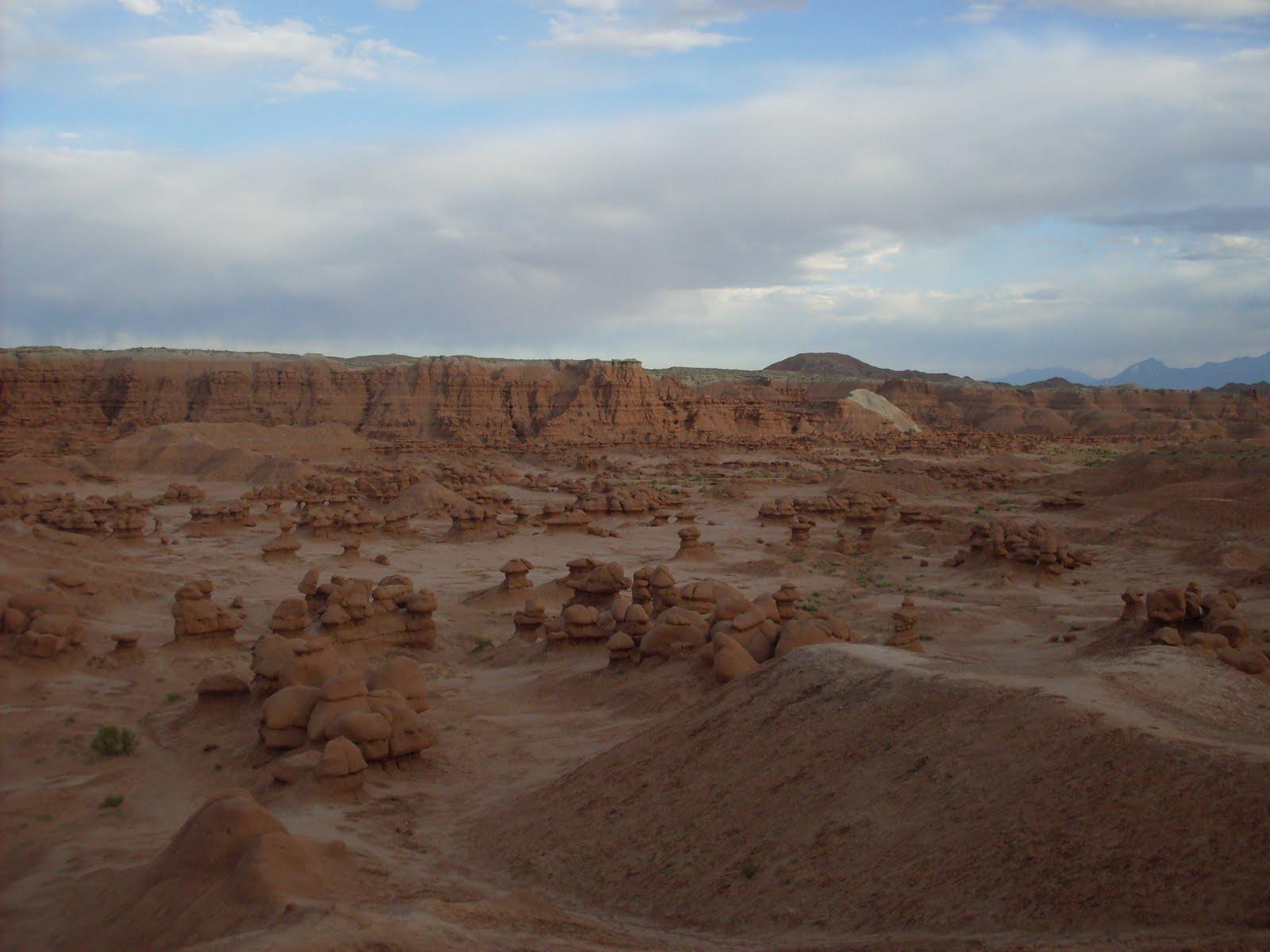 http://3.bp.blogspot.com/-aY-vKKD1cq0/TiNsSyeulzI/AAAAAAAABt4/TiTGazy9OQA/s1600/National+Park+Adventure+June+2011+292.JPG