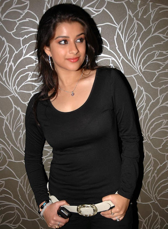 Madhurima Hot  and  Show hot images