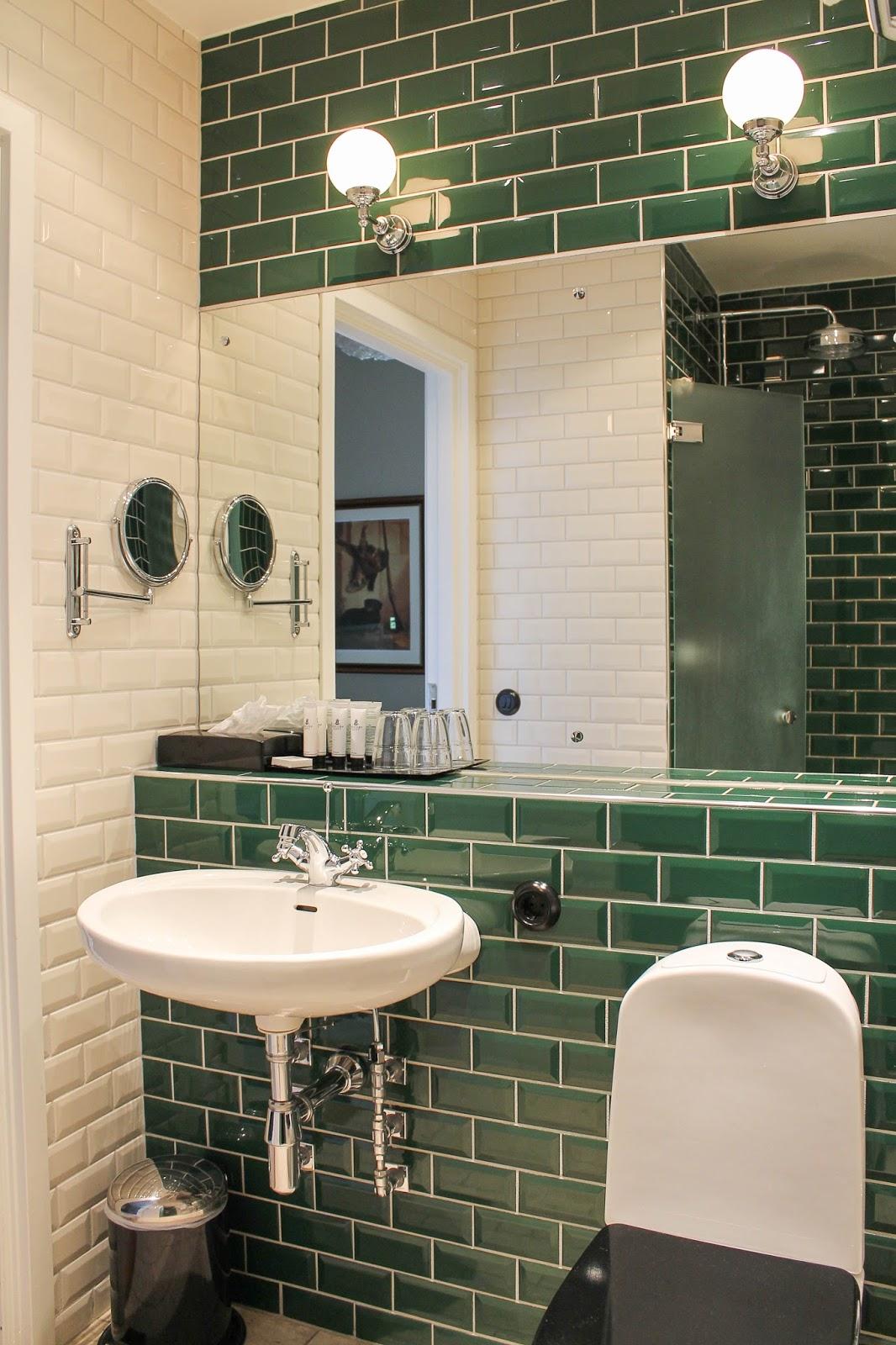 Snyggt badrum kakel ~ xellen.com