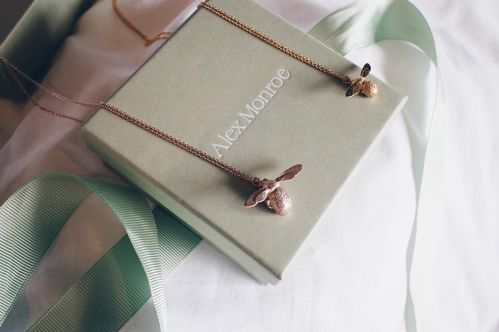 alex monroe bee necklace