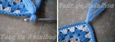 Fazendo franjas nos quatro cantos da peça de crochê pronta.