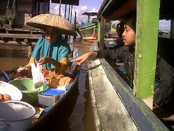 Pasar Apung Banjarmasin