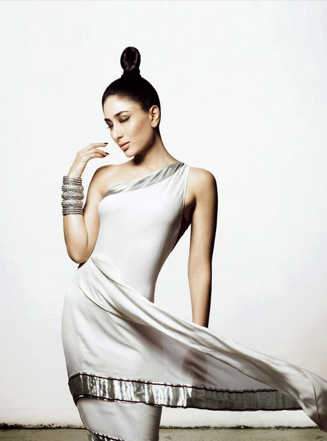 Kareena Kapoor  in white silver gown wardrobe malfunction pics