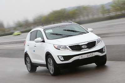 http://carsinfo.org/wp-content/uploads/2012/08/2012-Kia-Sportage.jpg