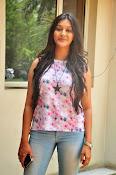 Pooja jhaveri new glam pics-thumbnail-8