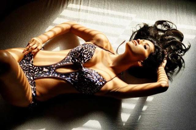 Broufes: actress anjali lavania hot pictures