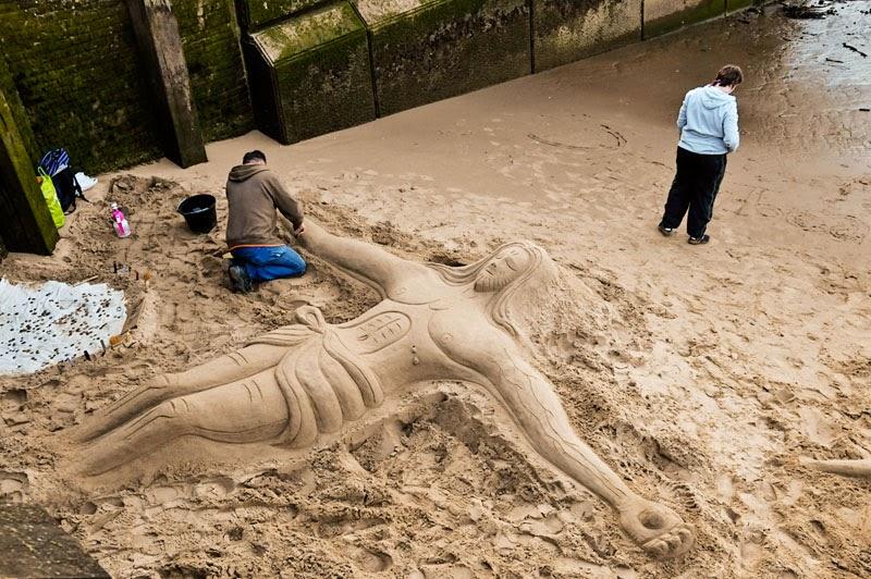 Jesus Sand Sulptures