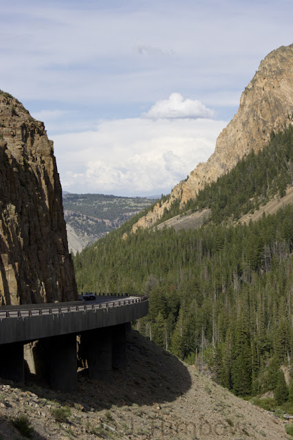 Kingman Pass and Glen Creek, Grand Loop Road, Yellowstone National Park