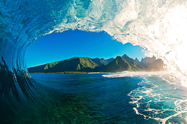 The flying tortoise hawaii based clark little photographs very big waves as they crash onto - Wave pics wallpaper ...