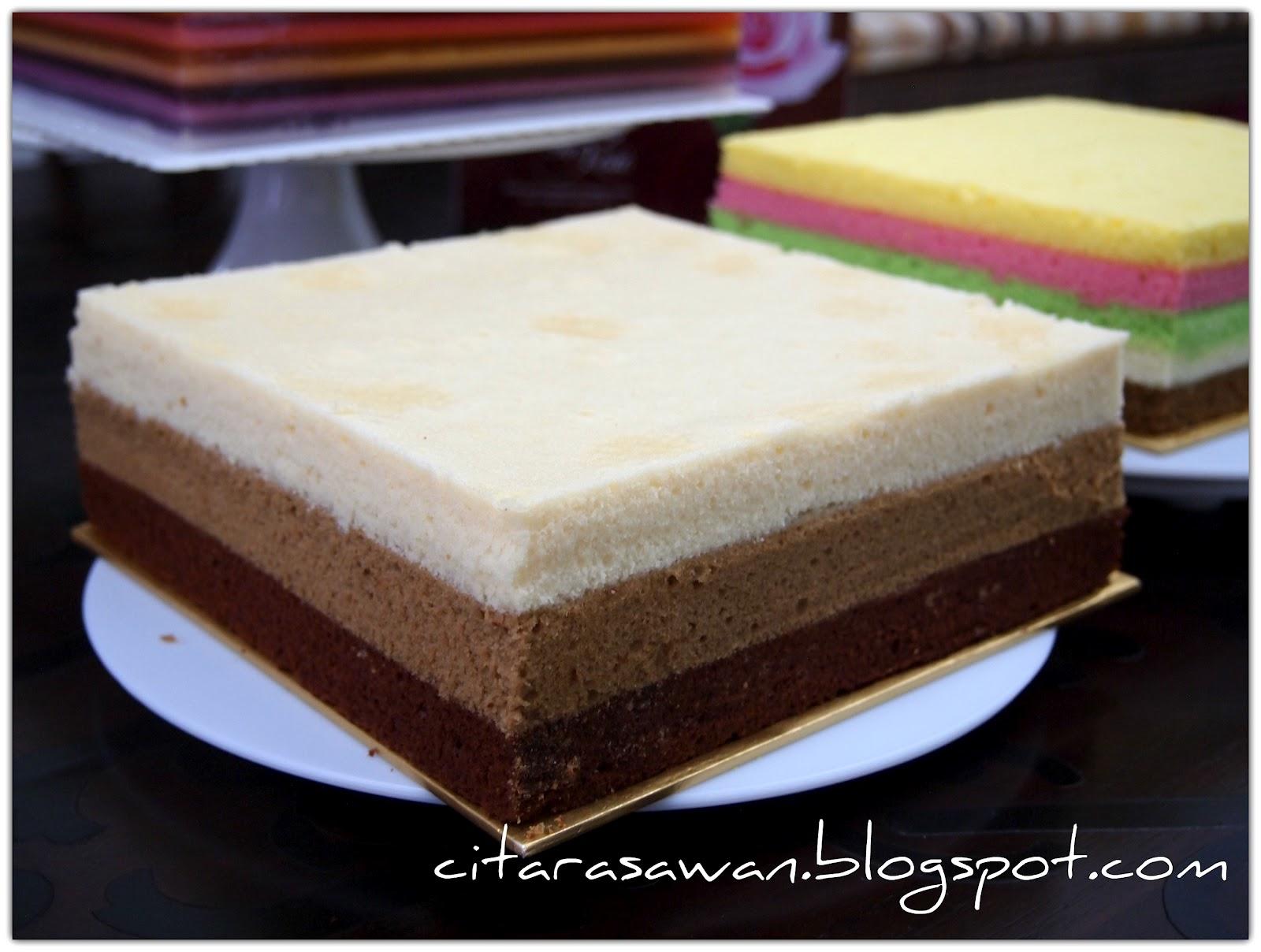 Kek Kukus Coklat Mocha Putih Telur,, dengan tiga rasa lapisan coklat ...