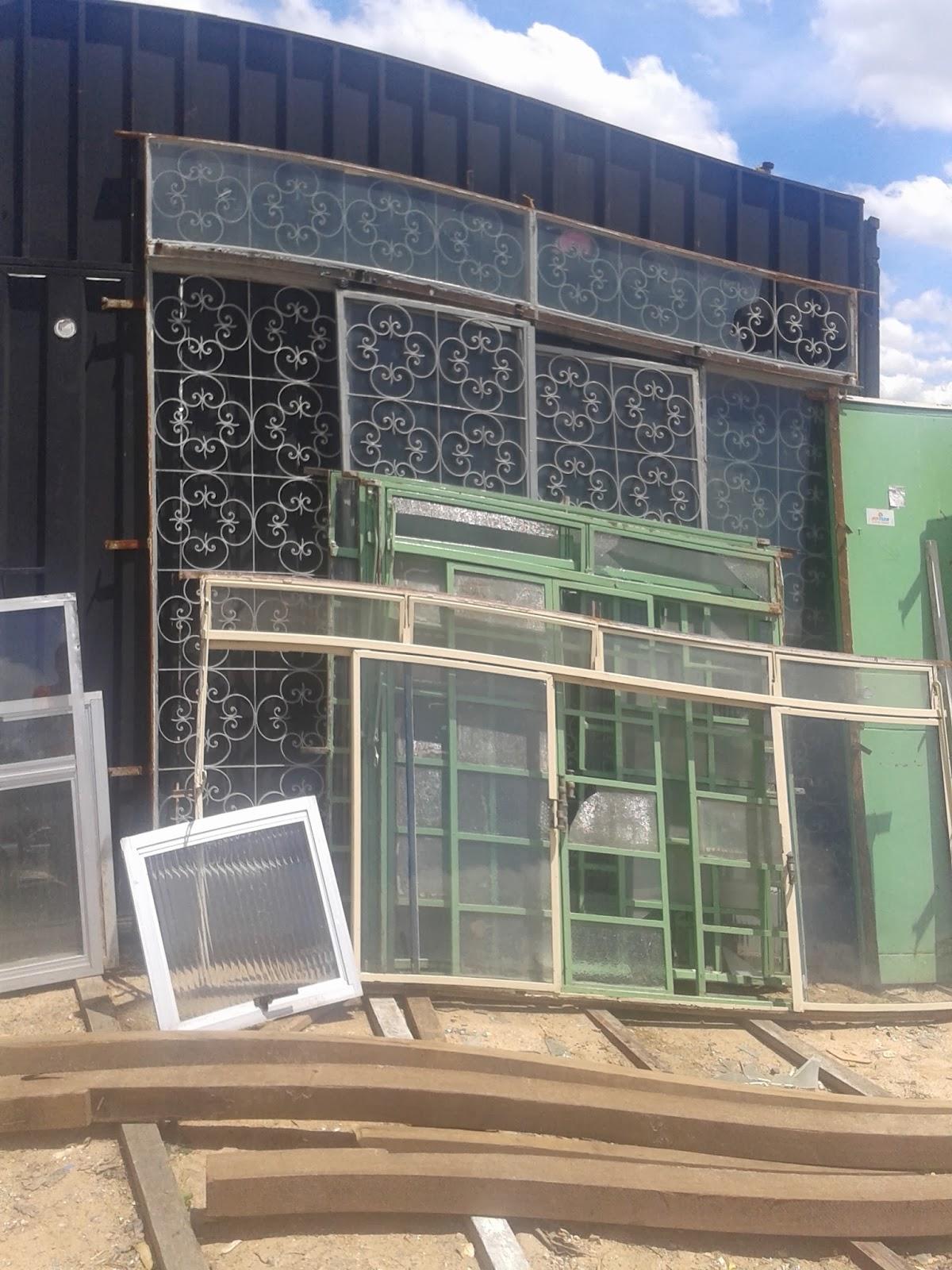 #1E58AD vendo portas e janelas demolição belo horizonte vendo materiais de  514 Janelas Em Aluminio Belo Horizonte
