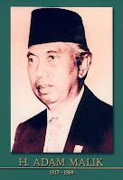 gambar-foto pahlawan nasional indonesia, H. Adam Malik