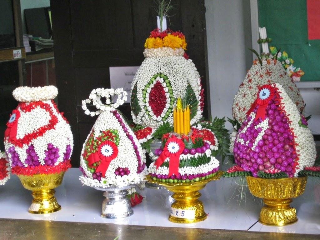 Various poom flower arrangements
