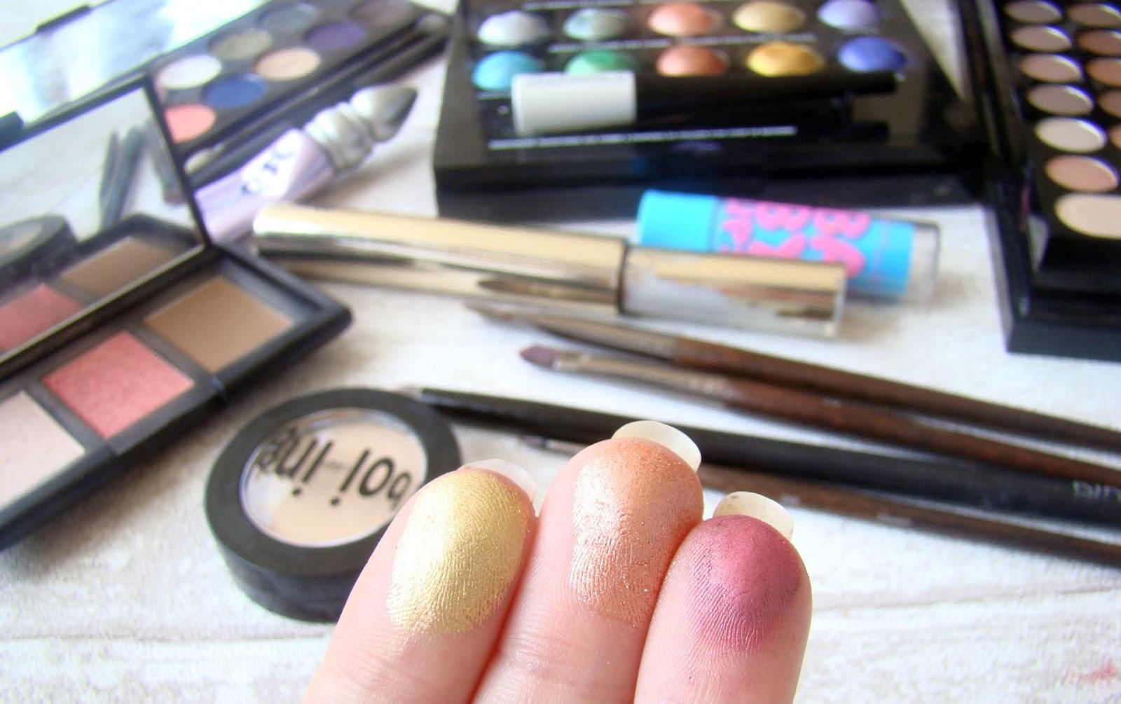 Maquillage comme un coucher de soleil