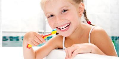Tips agar gigi anak tumbuh rapi