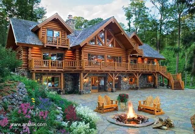 Casa cabaña de troncos amplia y lujosa