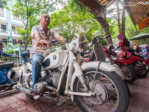 Mr. Vinh - Vietnam's Motorbike King