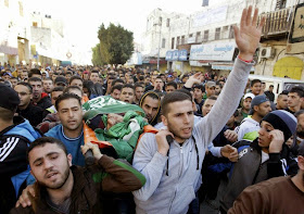 MIDDLE EAST: PALESTINIAN MOURN THREE DEAD: