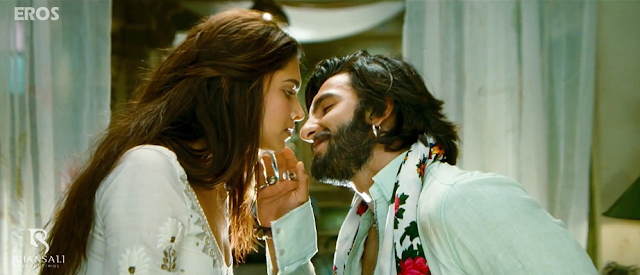 Deepika Kisses Ranveer Screencaps from Upcoming movie Ramleela