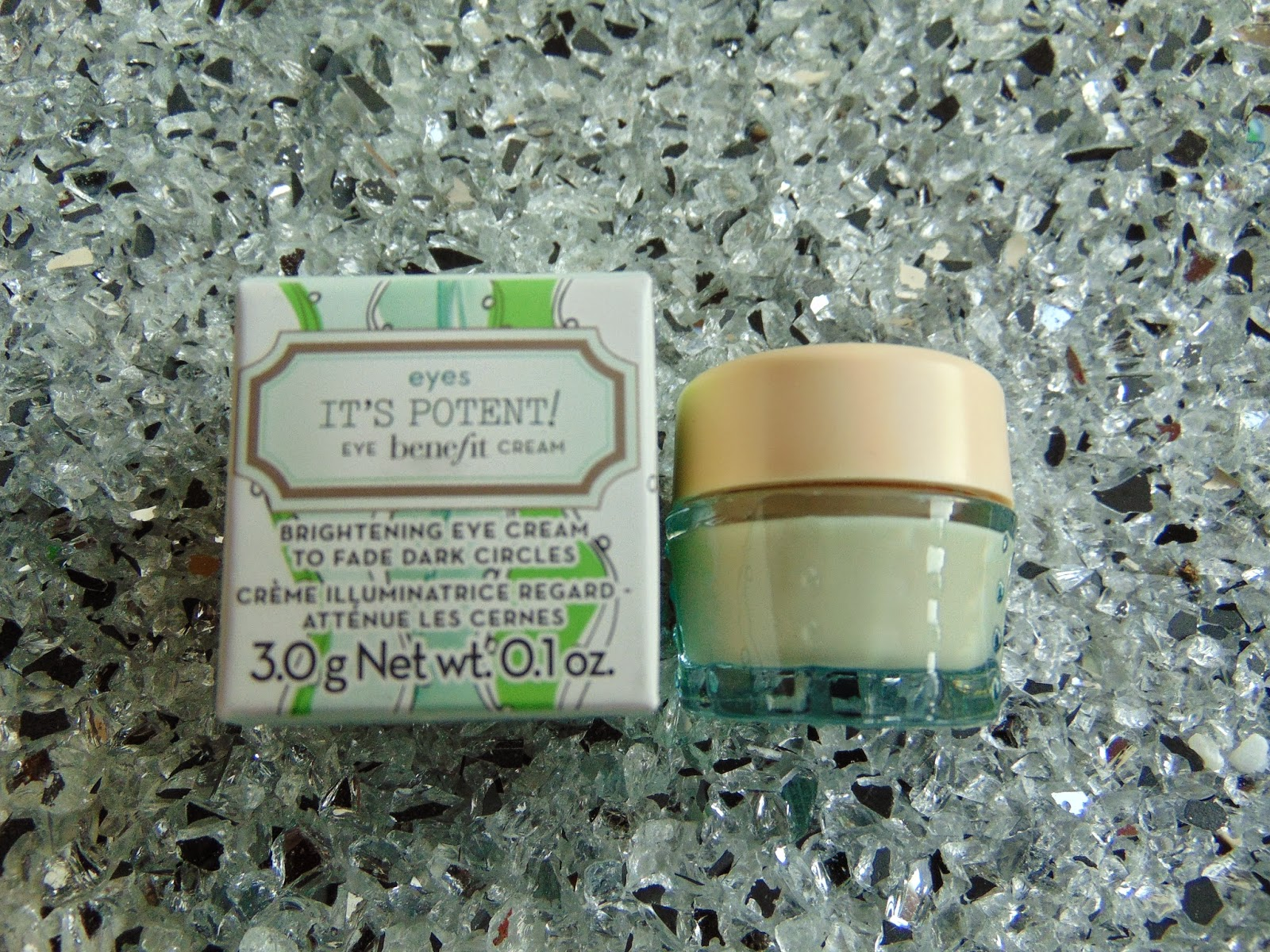 Benefit Cosmetics - It's potent! Eye Cream - www.annitschkasblog.de