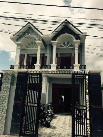 Bán nhà mặt tiền giá rẻ ngay khu phố đông tác, phường Tân Đông Hiệp, thị xã Dĩ An