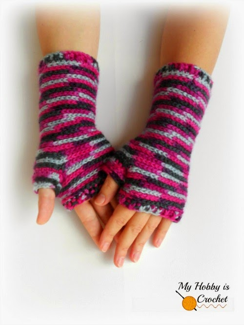 Free Crochet Patterns For Fingerless Gloves And Mitts : My Hobby Is Crochet: Bella Bricks Fingerless Mitts - Free ...