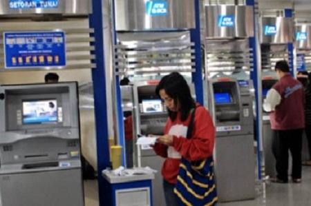 Limit Batas Tarik Tunai Saldo di ATM BCA
