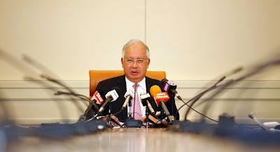 Gaji  Dan Elaun Perumahan Kakitangan Awam 2013 Naik?