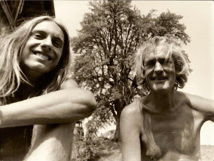 Manuel Göttsching 1972 avec Timothy Leary / source : MG.ART www.ashra.com