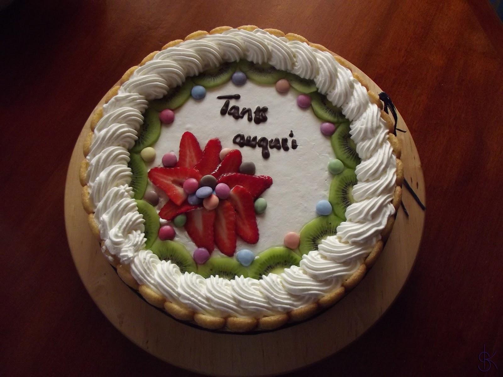 Dolci creazioni torta con fragole e kiwi for Decorazioni torte con fragole e cioccolato