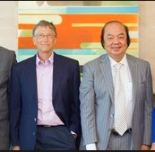 MayaPada Boss With Bill Gates